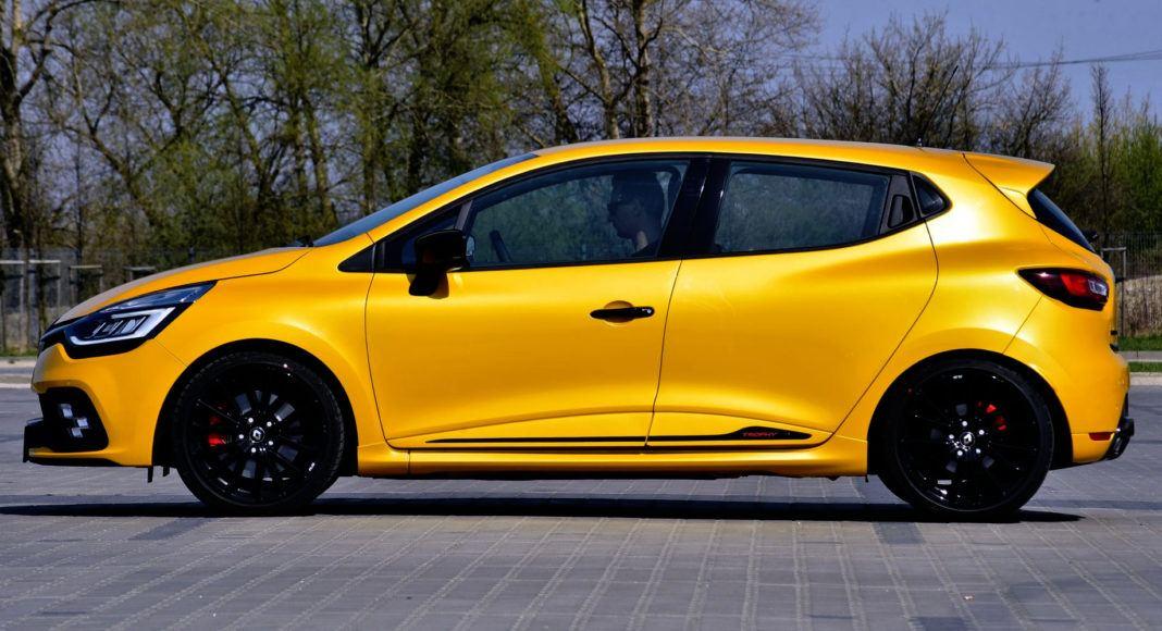 Renault Clio R.S. - bok