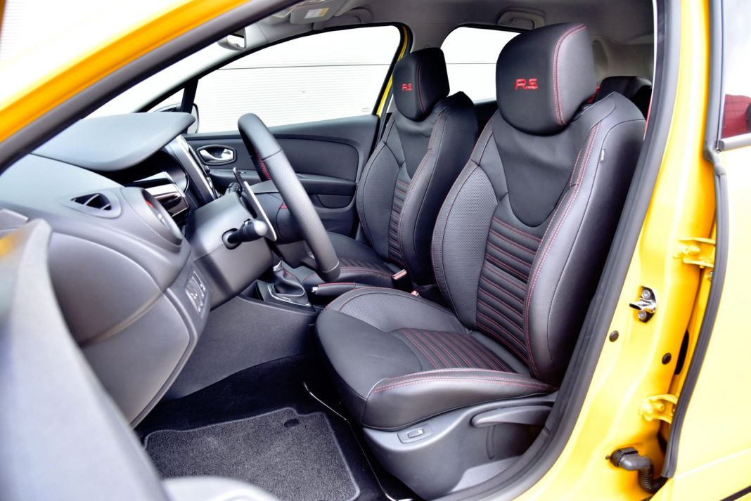 Renault Clio R.S. - fotel kierowcy