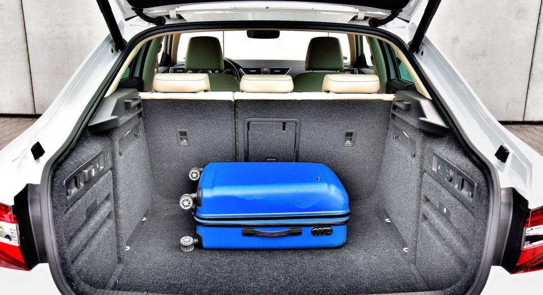 Skoda Superb 2.0 TSI L&K - bagażnik