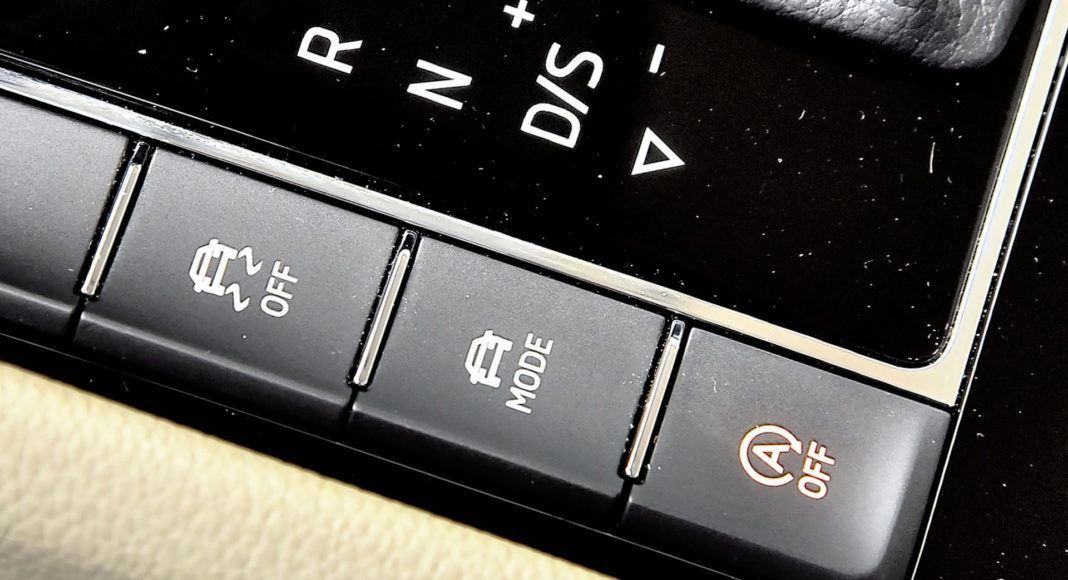 Skoda Superb 2.0 TSI L&K - przełączniki