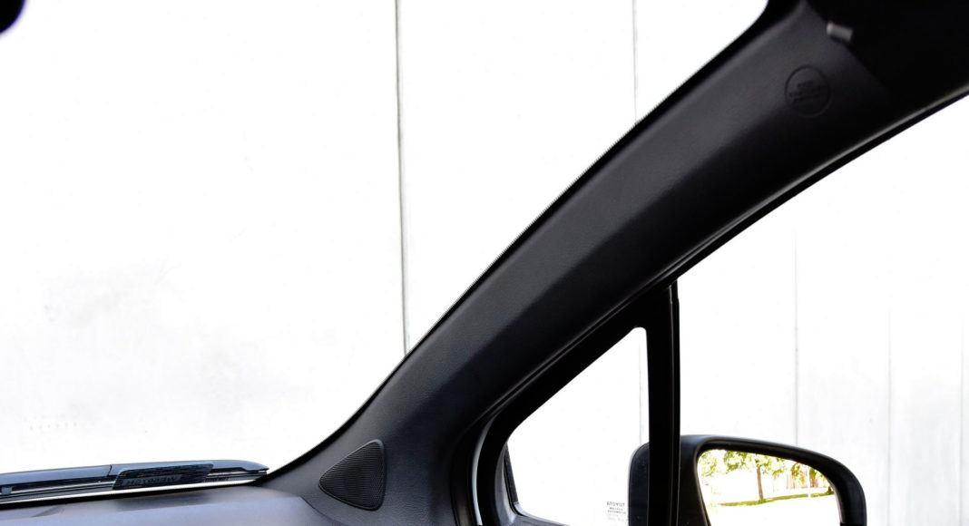 Toyota Yaris GRMN - słupek