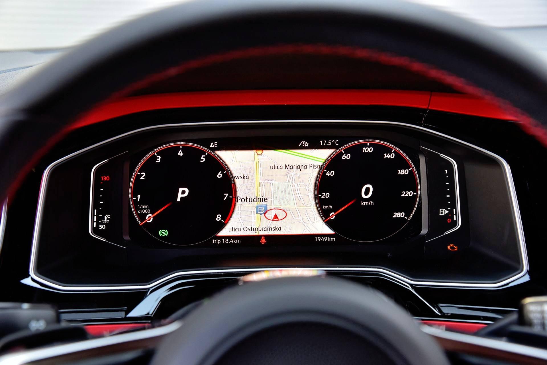 Volkswagen Polo GTI - wirtualne zegary