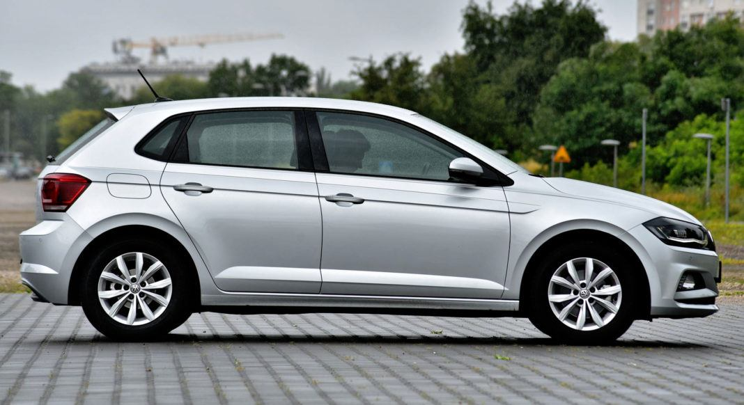 Volkswagen Polo - bok