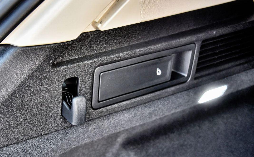 Volkswagen Touareg - haczyki