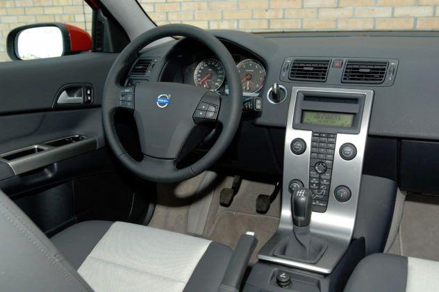 Volvo C30 - deska rozdzielcza