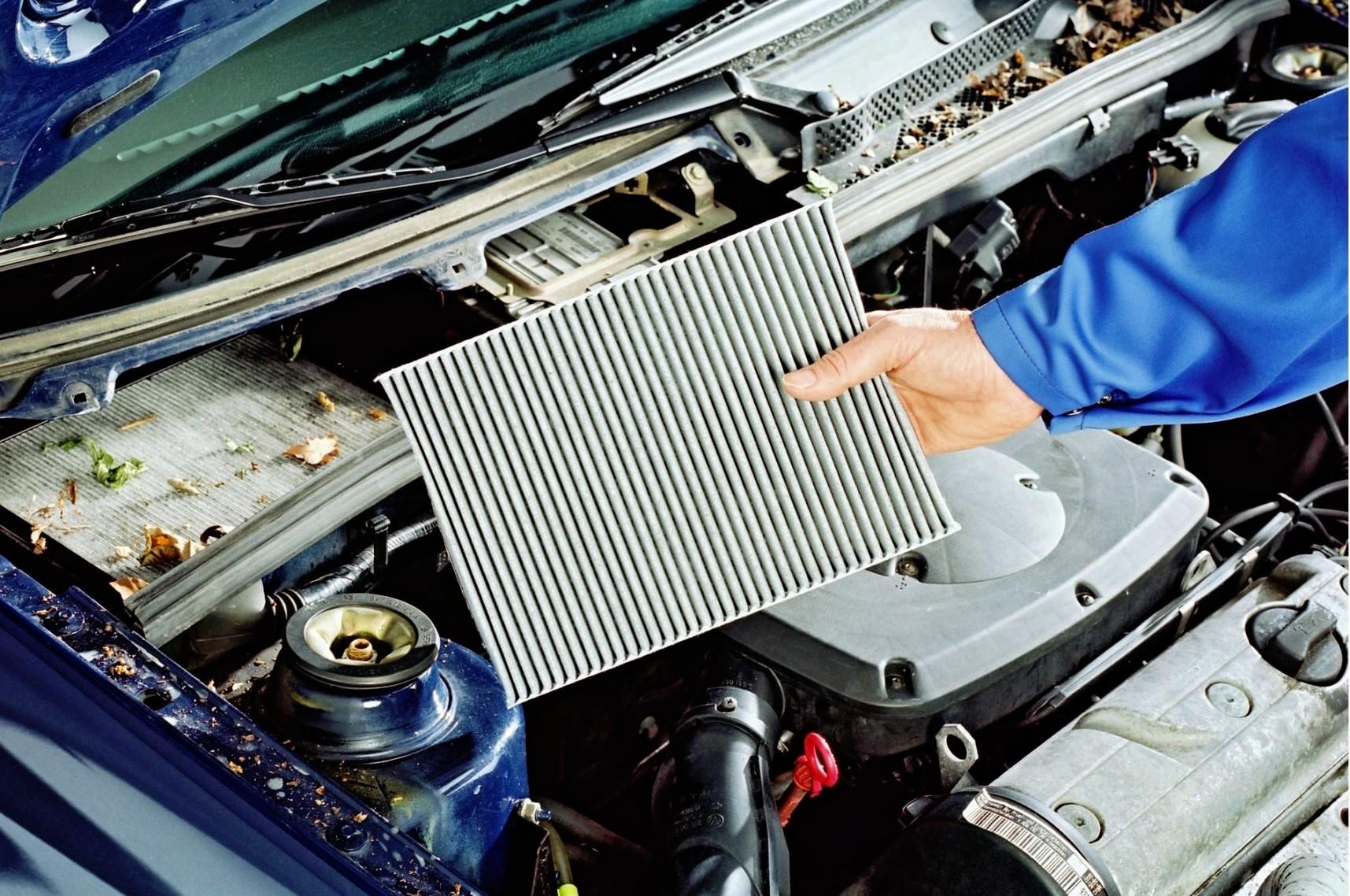 Poważnie Filtr kabinowy – rodzaje, lokalizacja w samochodzie, wymiana IA87