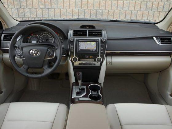 Toyota Camry XV50 (2011–2014)
