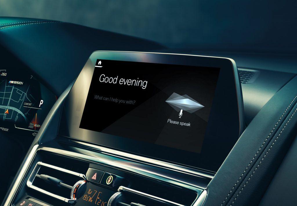 Inteligentny osobisty asystent głosowy BMW zadebiutuje w marcu 2019 r.