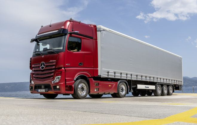 Actros - pierwsza ciężarówka bez lusterek
