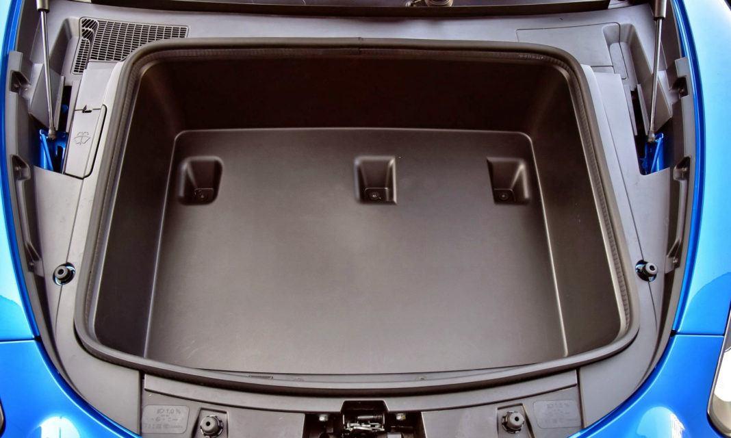 Alpine A110 - przedni bagażnik