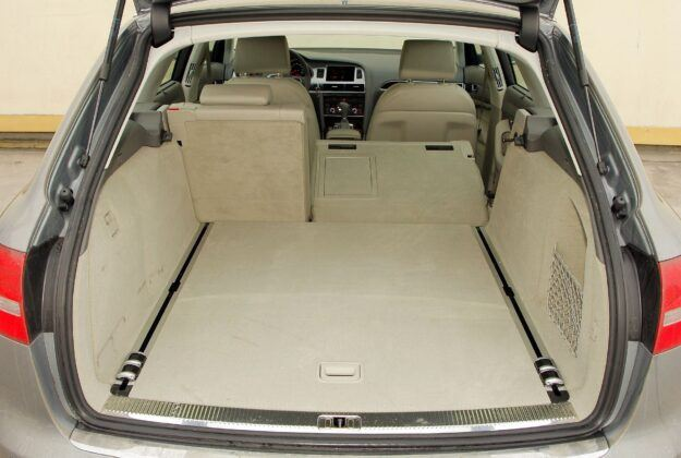 Audi A6 C6 - bagażnik