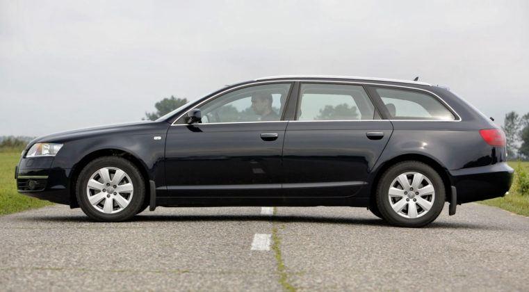 Audi A6 C6 - bok