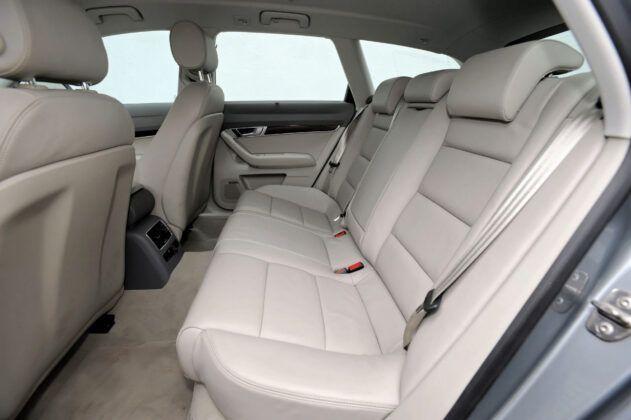 Audi A6 C6 - tylna kanapa