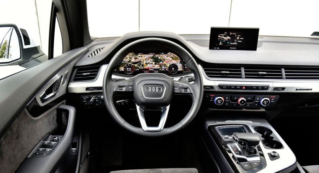 Audi Q7 - deska rozdzielcza