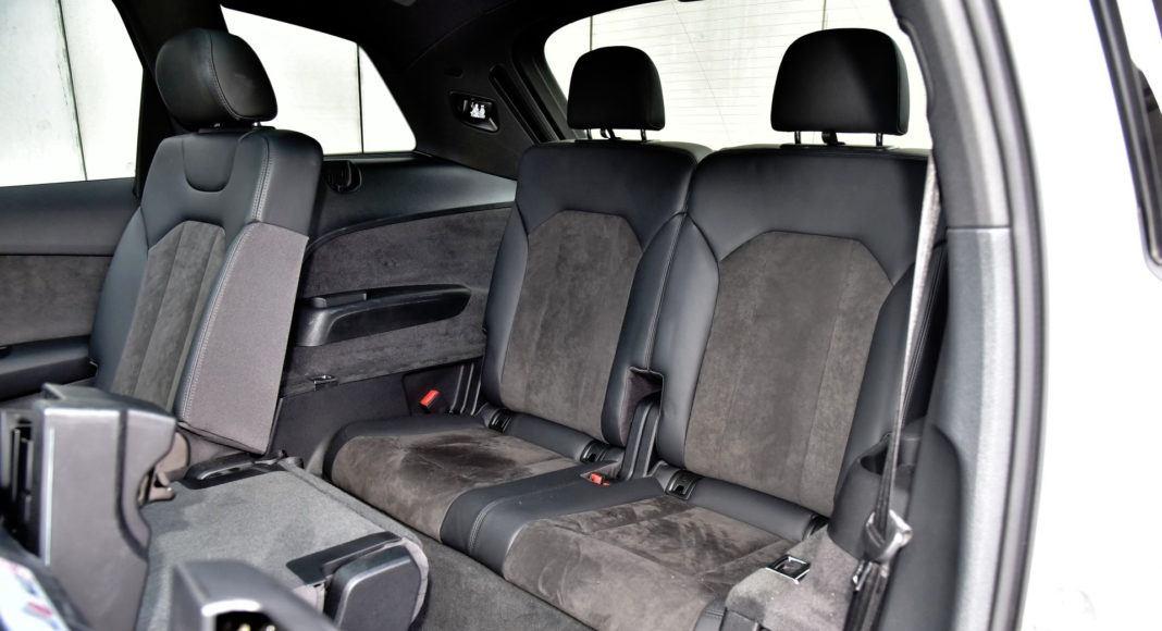 Audi Q7 - trzeci rząd siedzeń