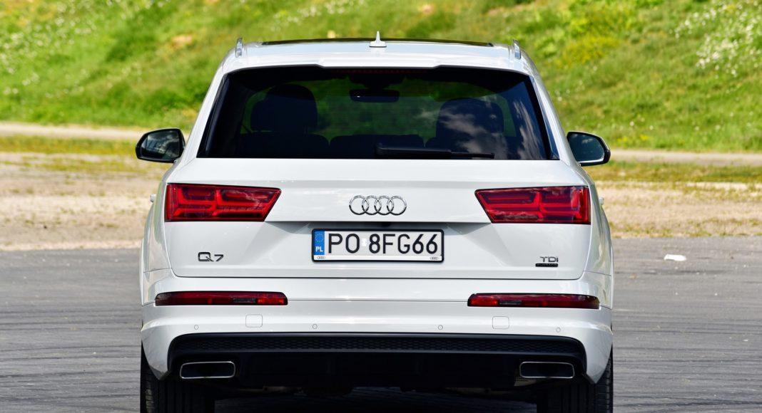 Audi Q7 - tył