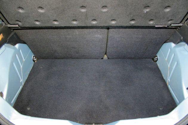 Citroen Saxo - bagażnik