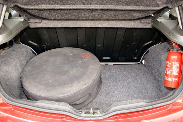 Fiat Punto II - bagażnik
