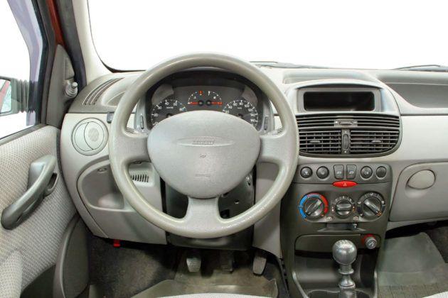 Fiat Punto II - deska rozdzielcza