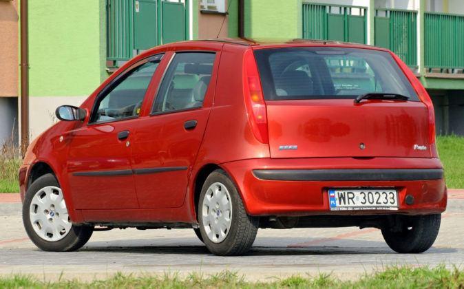 Fiat Punto II - tył