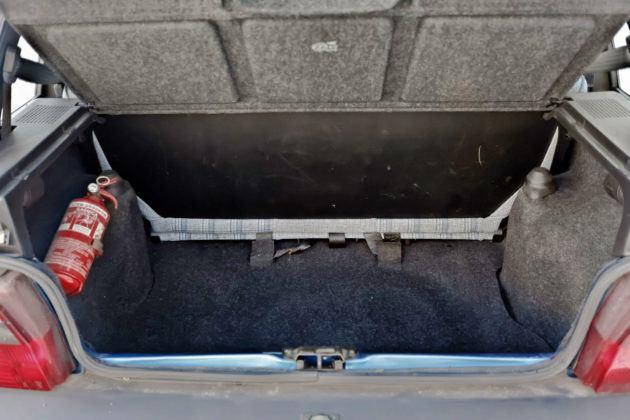 Fiat Uno - bagażnik