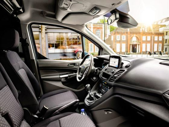 Ford Transit Connect - deska rozdzielcza