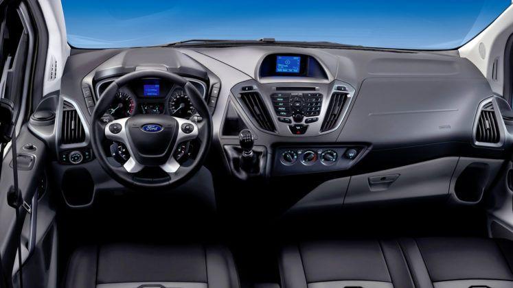 Ford Transit Custom - deska rozdzielcza