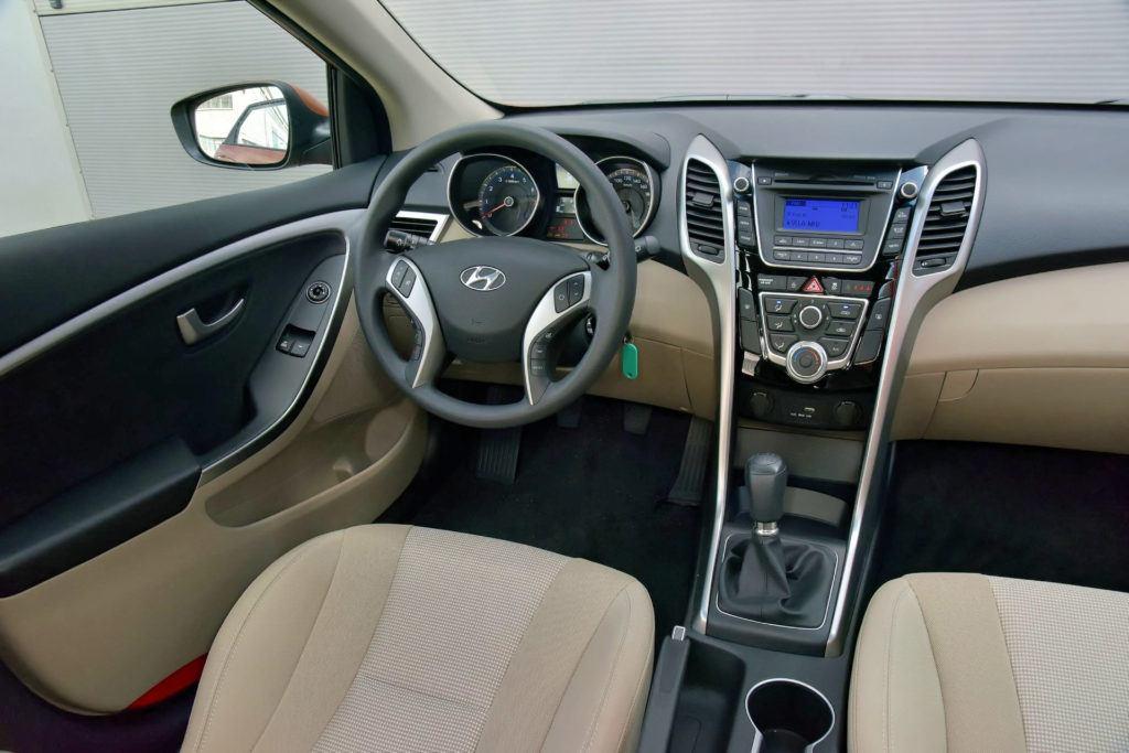 Hyundai i30 II - deska rozdzielcza