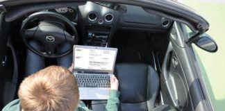 Jak sprawdzić auto przez internet