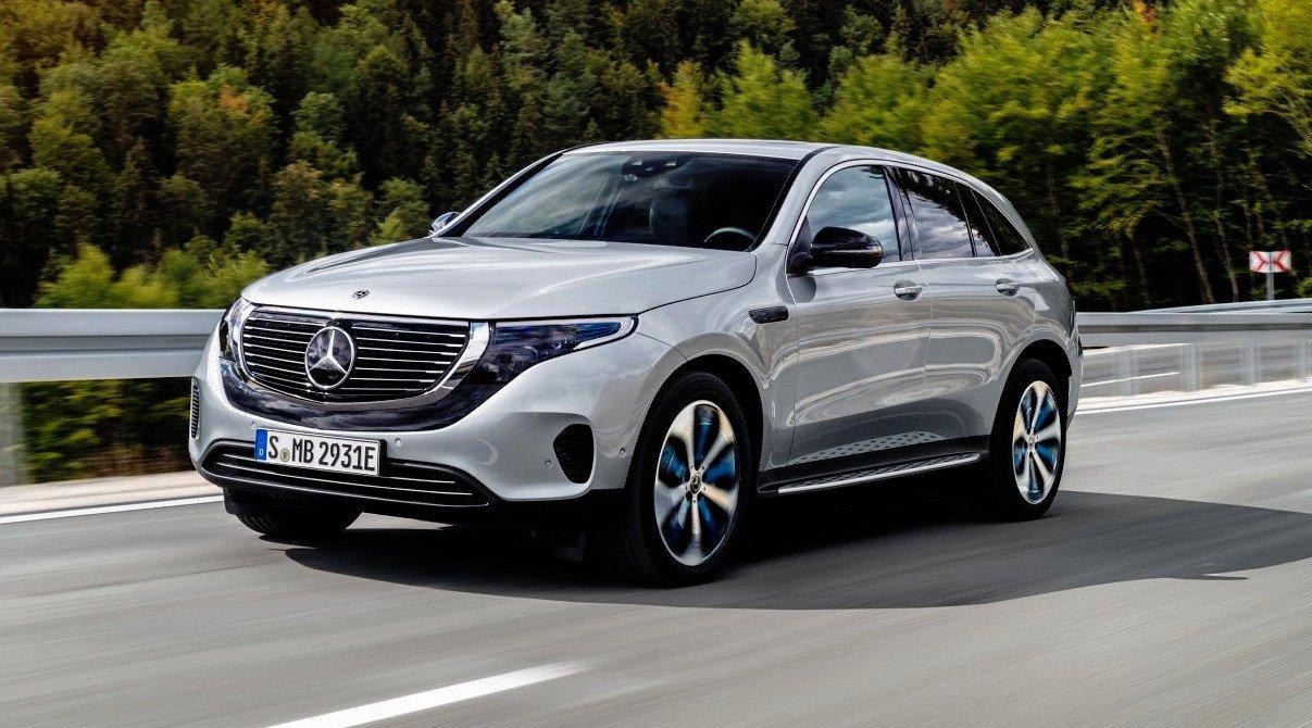 Mercedes EQC - otwierające