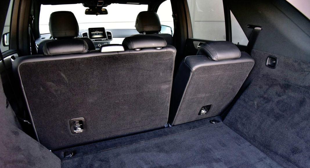 Mercedes GLE - pochylone oparcie