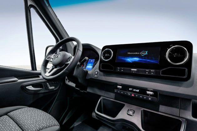Mercedes Sprinter - deska rozdzielcza