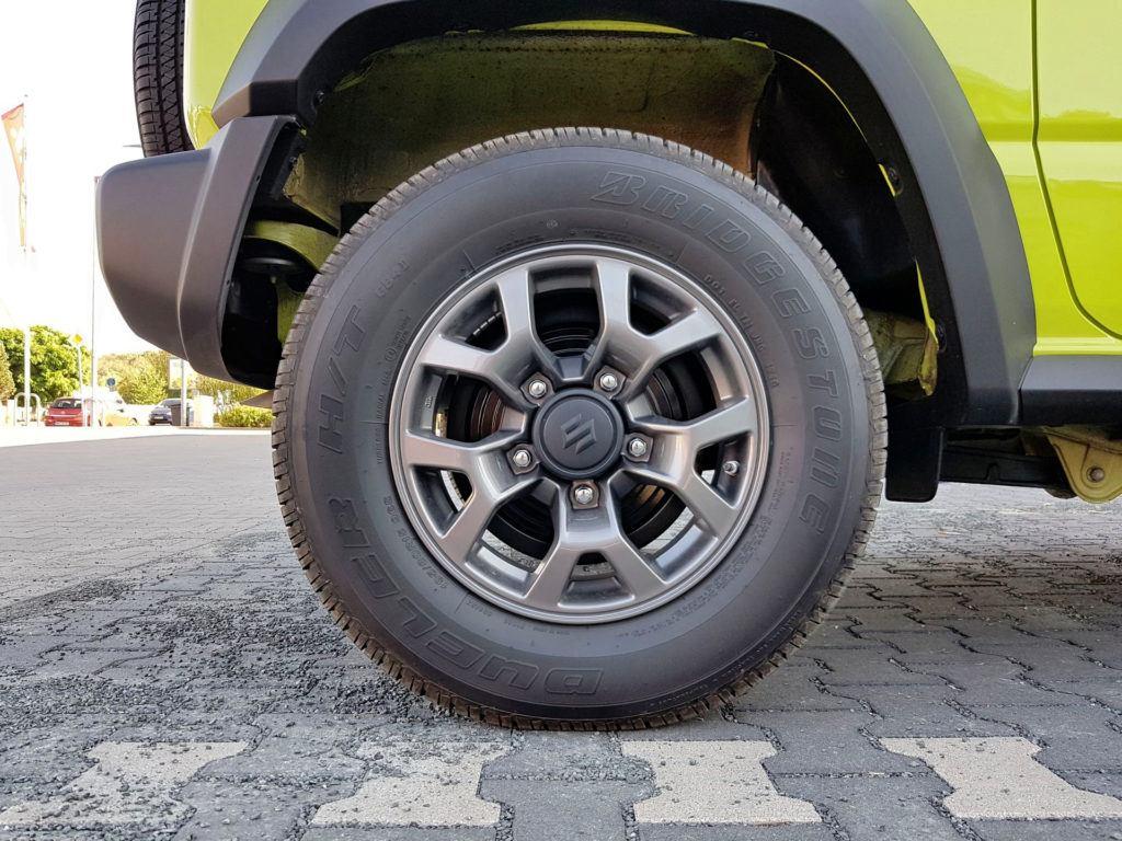 Nowe Suzuki Jimny - koło