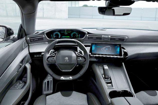 Peugeot 508 Hybrid - deska rozdzielcza
