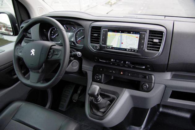 Peugeot Expert - deska rozdzielcza
