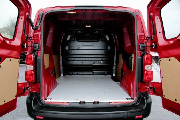 Peugeot Expert - przestrzeń ładunkowa