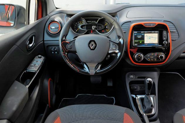 Renault Captur - deska rozdzielcza