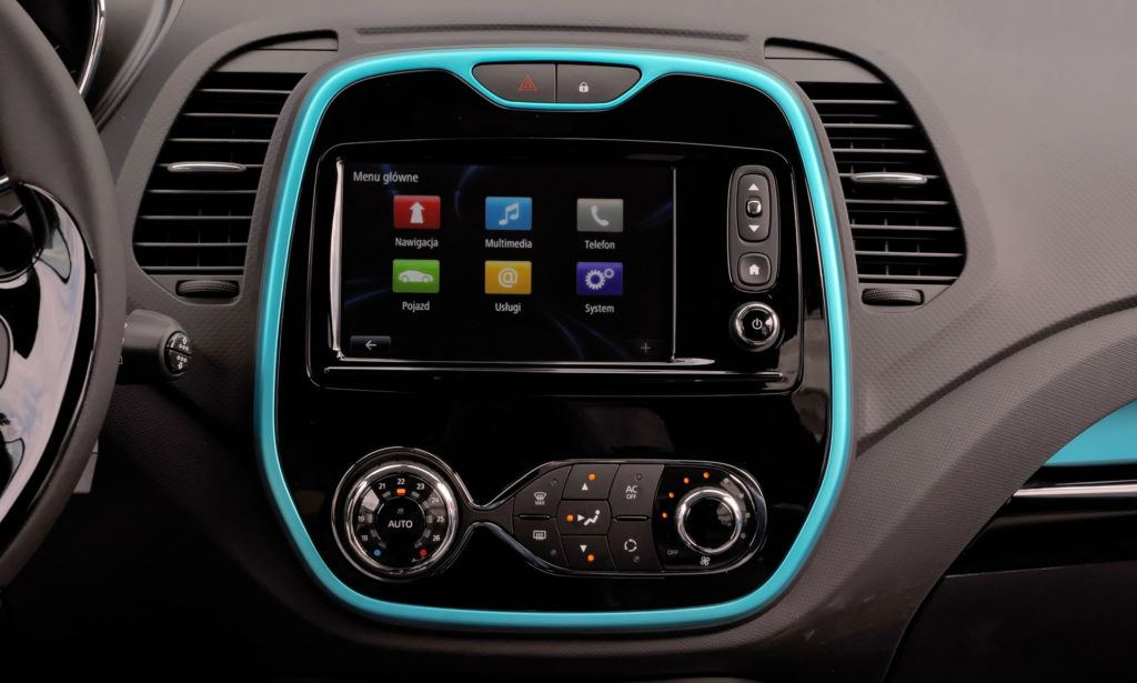 Renault Captur - ekran środkowy