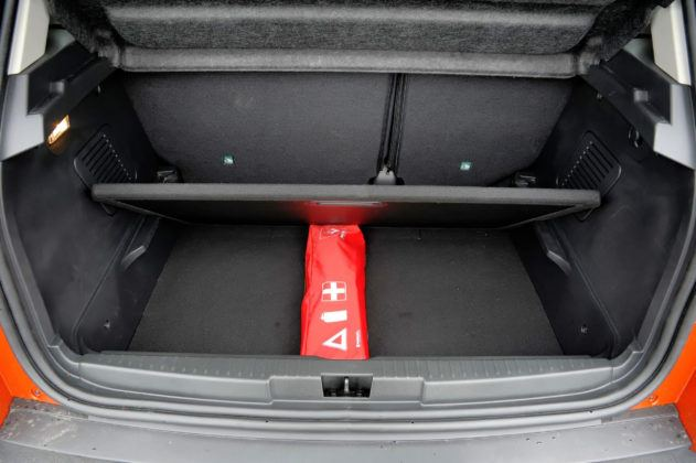 Renault Captur - podłoga bagażnika