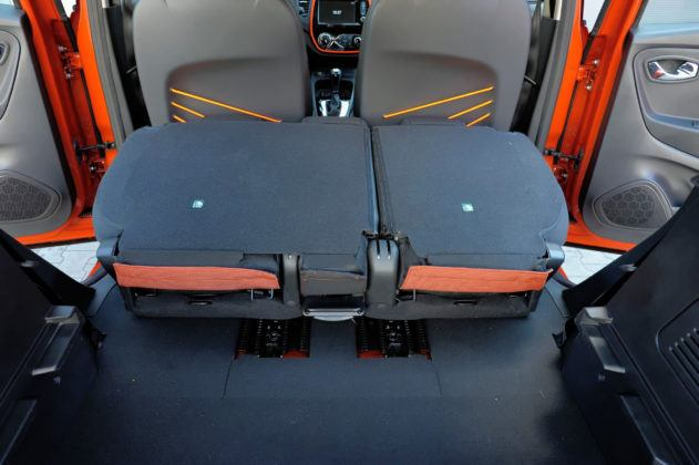 Renault Captur - składana tylna kanapa
