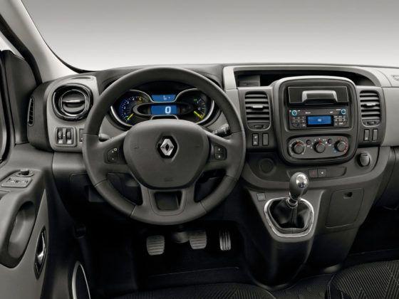 Renault Trafic - deska rozdzielcza