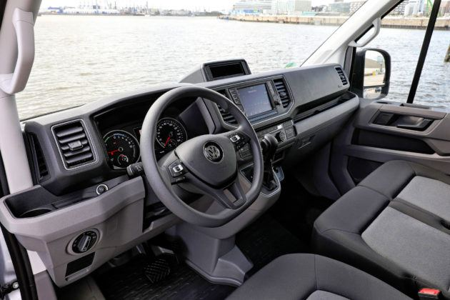 Volkswagen Crafter - deska rozdzielcza