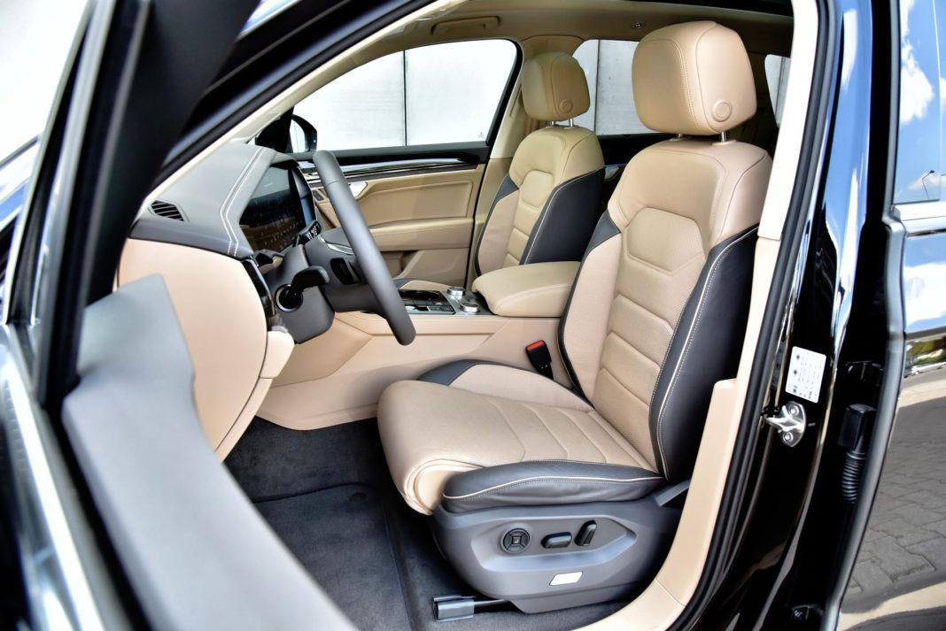 Volkswagen Touareg - fotel kierowcy
