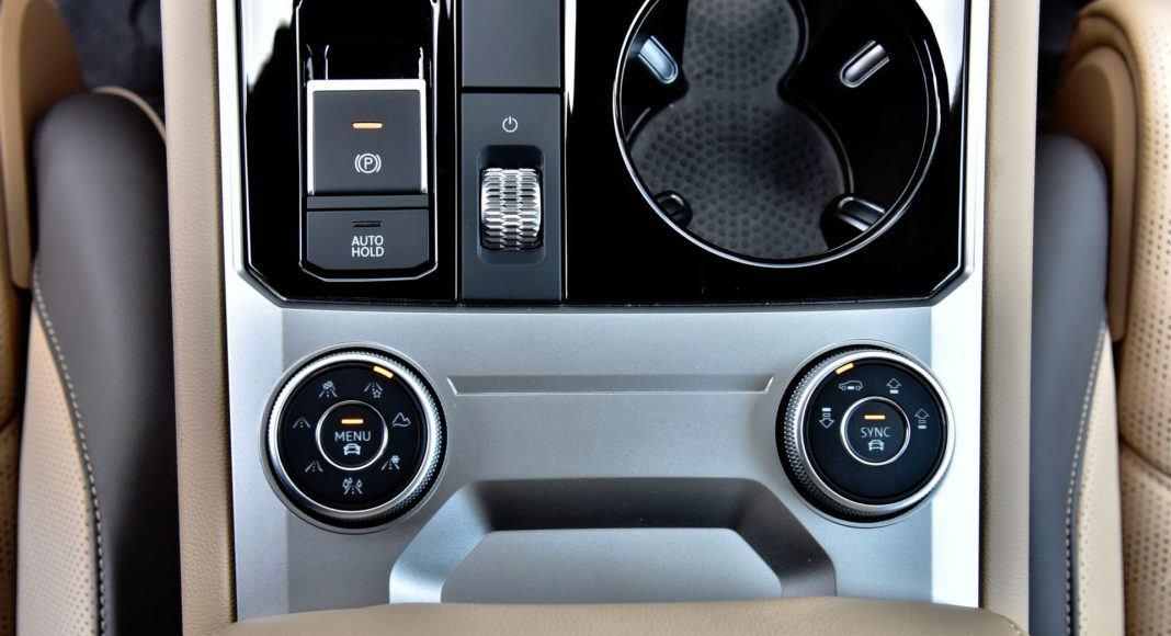 Volkswagen Touareg - pokrętła