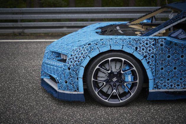 Bugatti Chiron z Lego - koła nie zostały zrobione z klocków
