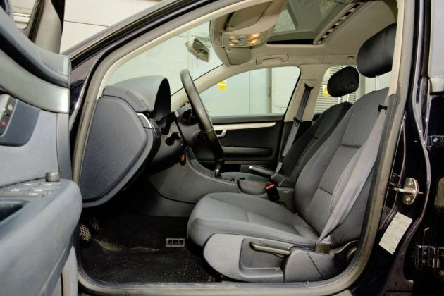 Audi A4 B7 - fotel kierowcy