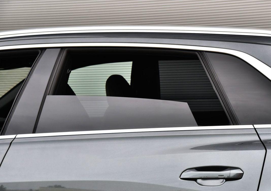 Audi Q8 - szyby