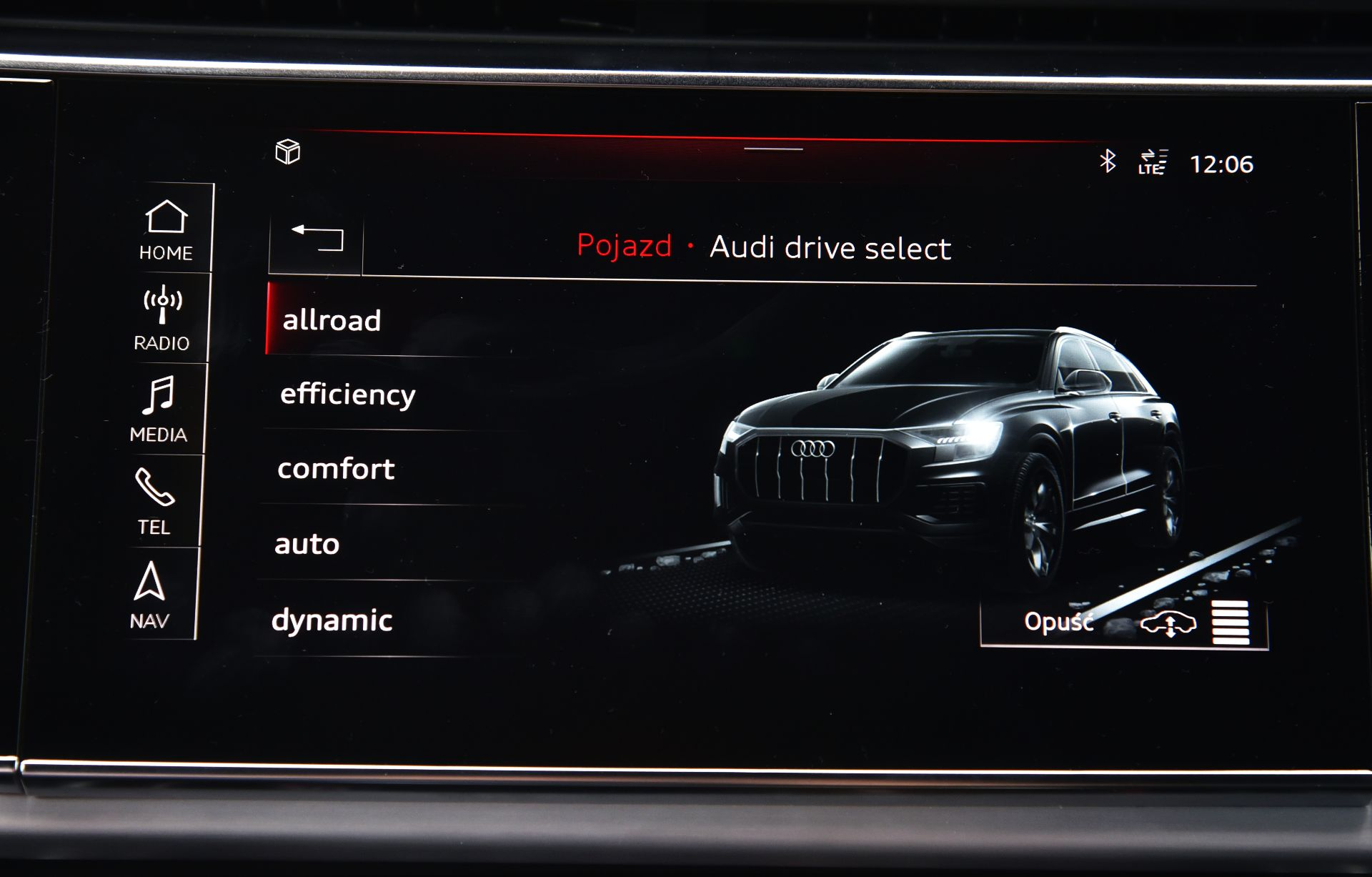 Audi Q8 - tryby jazdy
