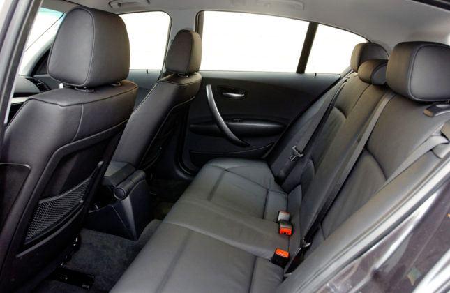 BMW serii 1 - kanapa