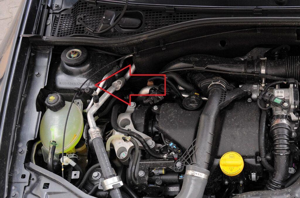 DACIA Duster I FL Blackstorm 1.5dCi 110KM 6MT 4WD WE656JS 03-2015